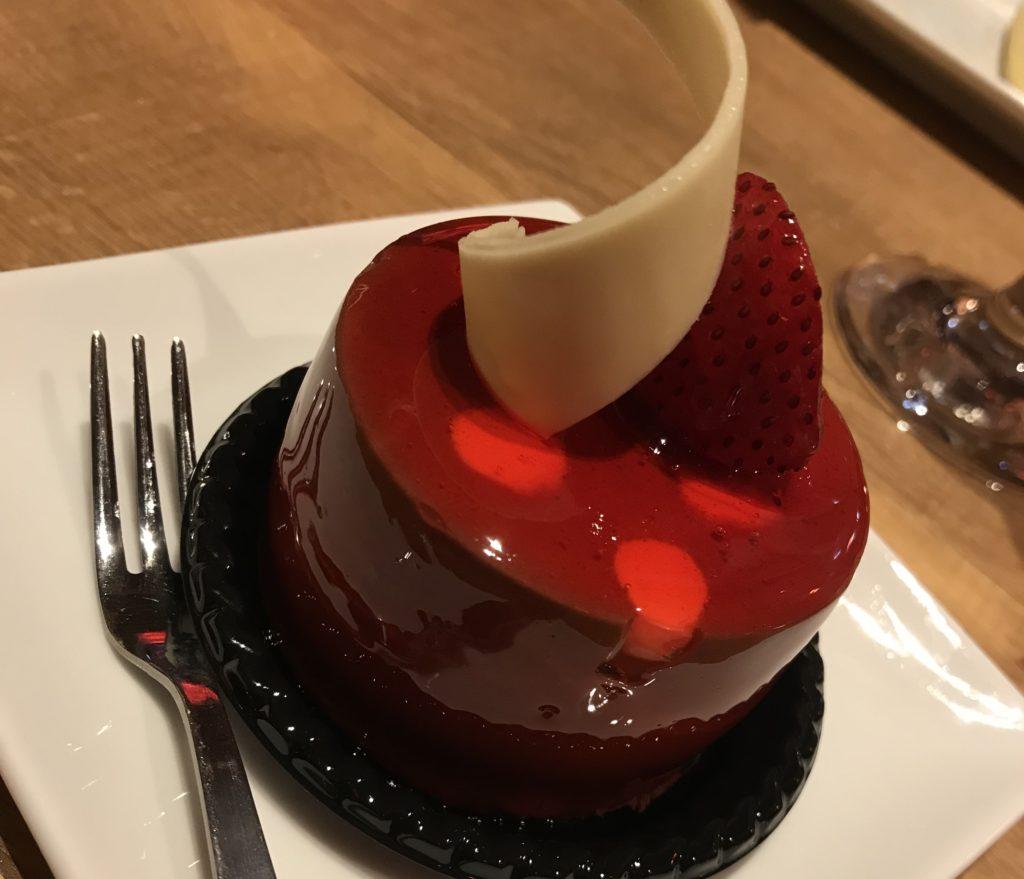 JIS梅田のケーキ