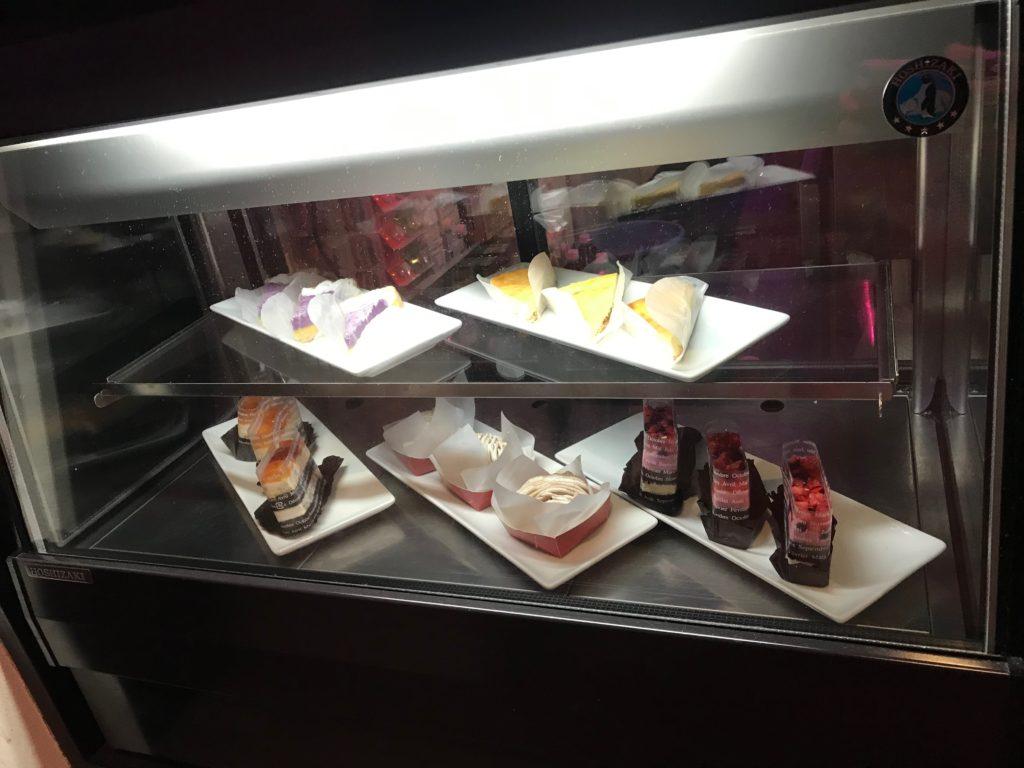 アソビバー梅田店のケーキ一覧