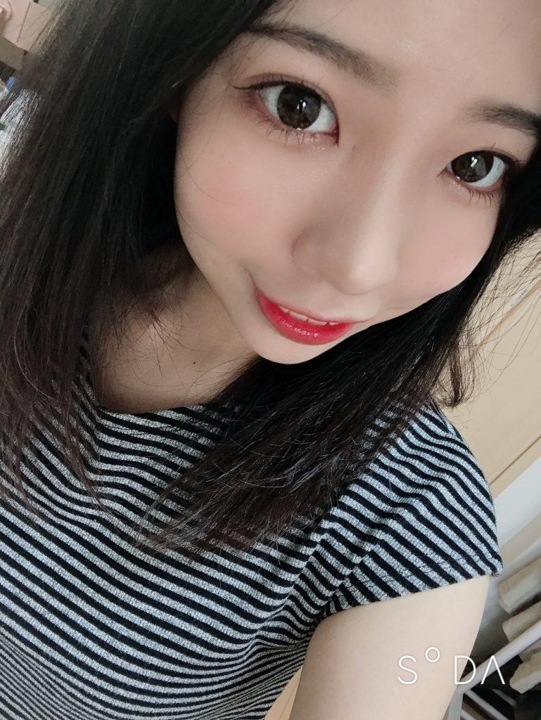顔のアップの写真