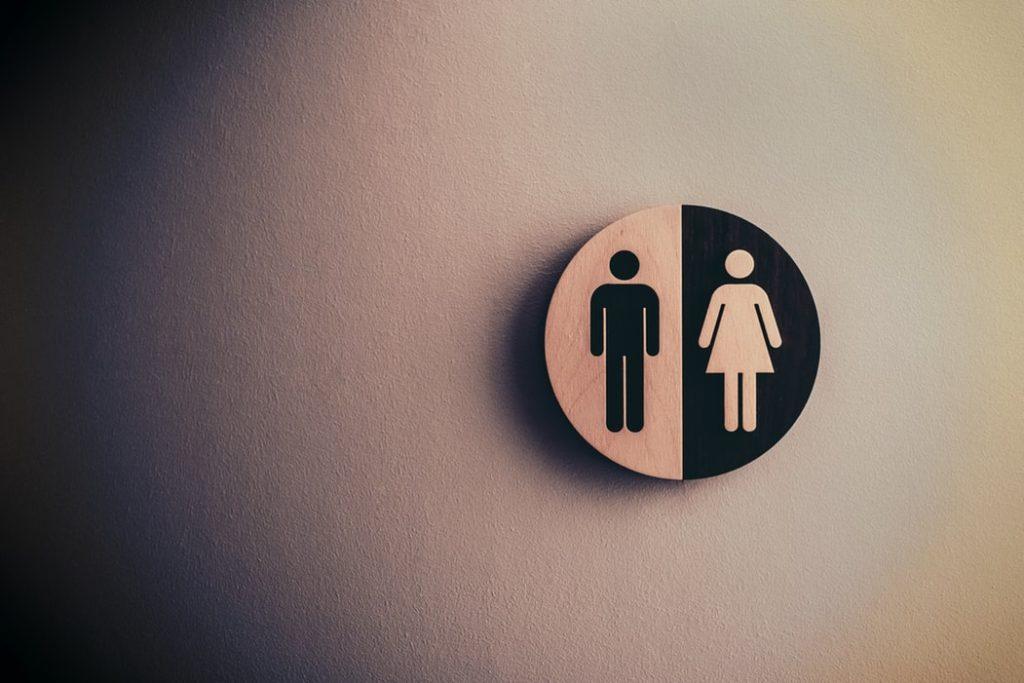 男性と女性のマークの画像