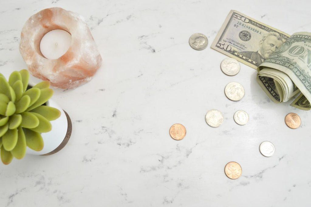お金が写っている写真